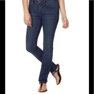 Calvin Klein Jeans Ladies' Ultimate Skinny Jean